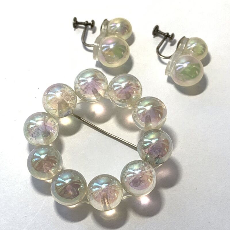 VINTAGE Lucite Ball Iridescent JEWELRY SET Circle Pin EARRINGS Screw Bk STERLING