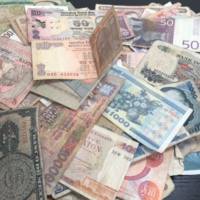 Mixed Foreign Currency Lot Of 25 Random World Banknotes - Circulated, Used, Junk