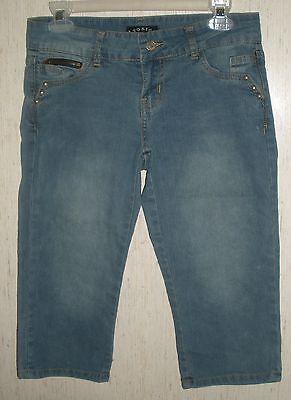 WOMENS / JUNIORS TOXIC BRAND DISTRESSED BLUE JEAN CAPRIS   SIZE 5 Womens Juniors Jeans-hose