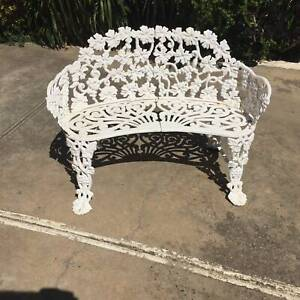 vintage cast iron love seat, 2 seater bench seat WE CAN DELIVER