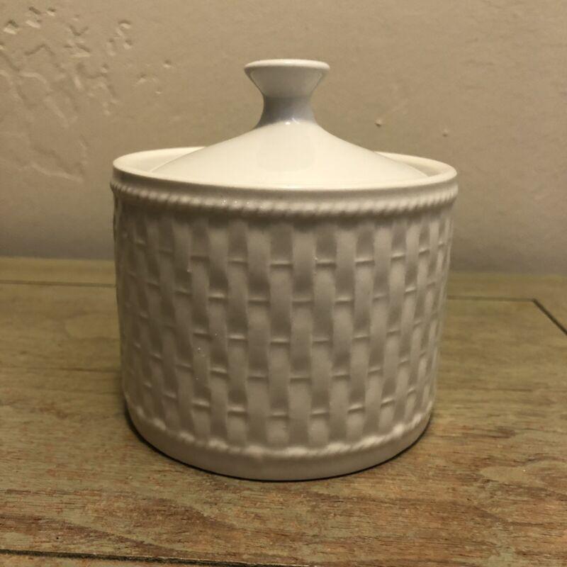 Oneida Wicker White Sugar Bowl w/ Lid Wicker Basket Weave