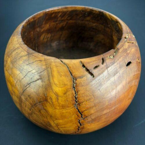 Vtg Lovely Hand Turned Wooden Bowl Grain & Character Art handmade Farmhouse Art