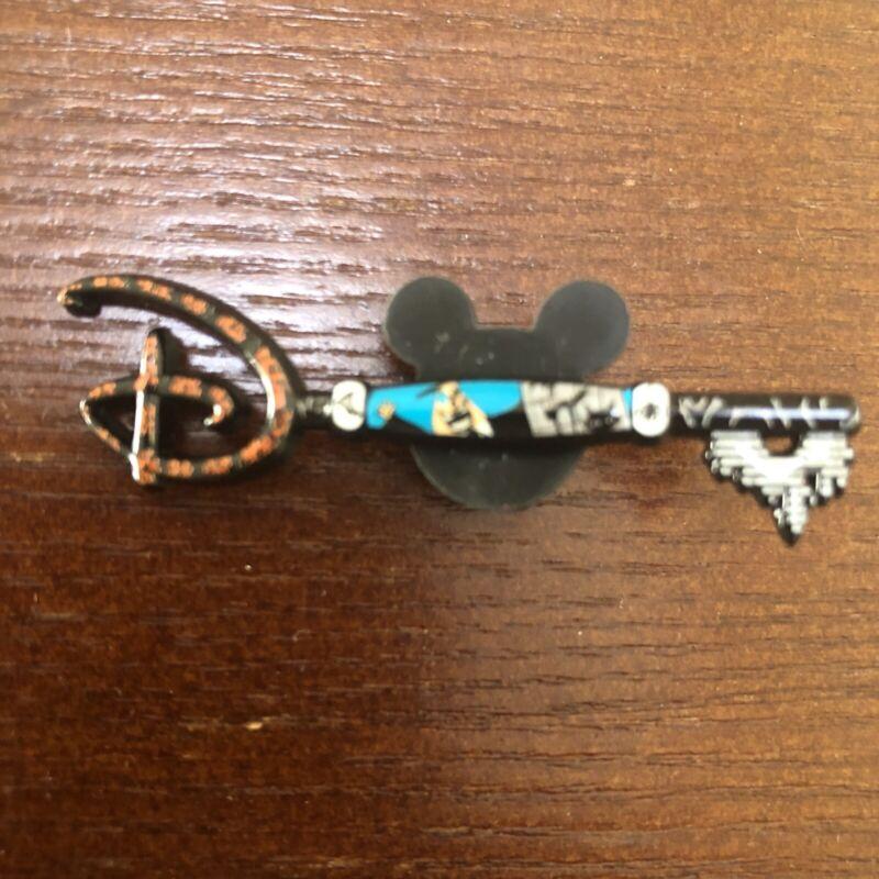 Nightmare Before Christmas Disney Lapel Pin: Mayor key