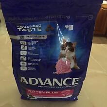 CLEARANCE ADVANCE KITTEN PLUS CHICKEN 1.5KG Maddington Gosnells Area Preview