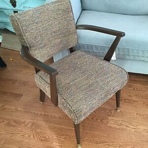Awesome Compact Vintage Mid-Mod Armchair