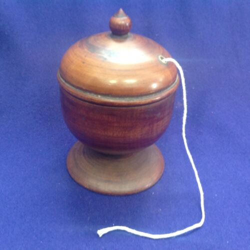 RARE ANTIQUE PEASEWARE TREEN TURNED WOODEN LIDDED FOOTED STRING HOLDER JAR