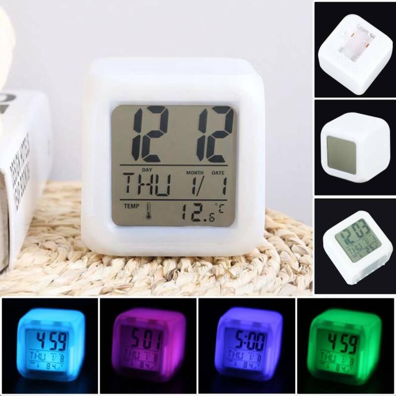 Wake Up Licht 7 Farbwechsel /Ändern LED Lichtwecker One-Tap-Control Nachttischuhr mit Datum su ma LED Kinderwecker Temperatur und Schlummerfunktion Kinderwecker Digitaler