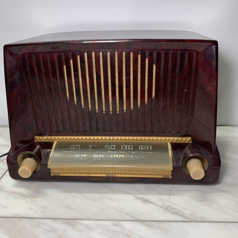 Vtg Radio General Electric Model 404 Bakelite brown Not Working for parts repair