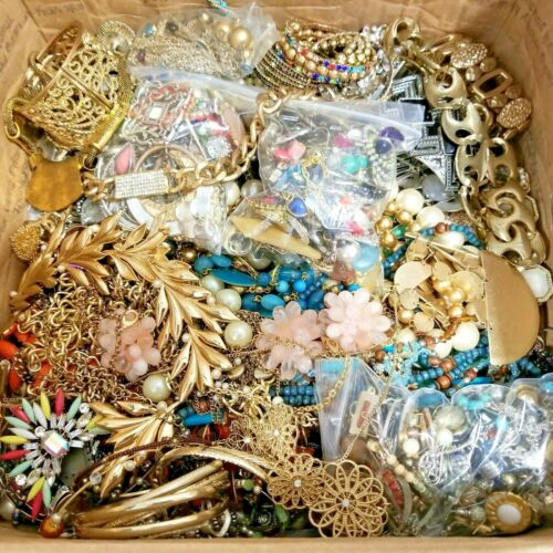 HUGE 35++ lbs Junk Drawer Pounds Jewelry LOT Mismatched/Broken Crafts Repair
