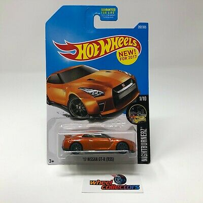 '17 Nissan GT-R (R35) #282 * ORANGE * 2017 Hot Wheels * WH18