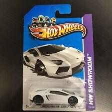 Hot Wheels Lamborghini Aventador LP 700-4 HW Showroom ...