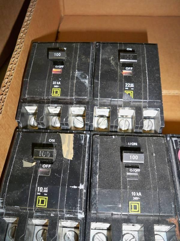 Square D Qob3100 100a 3p 240v Bolt-on Breaker Used