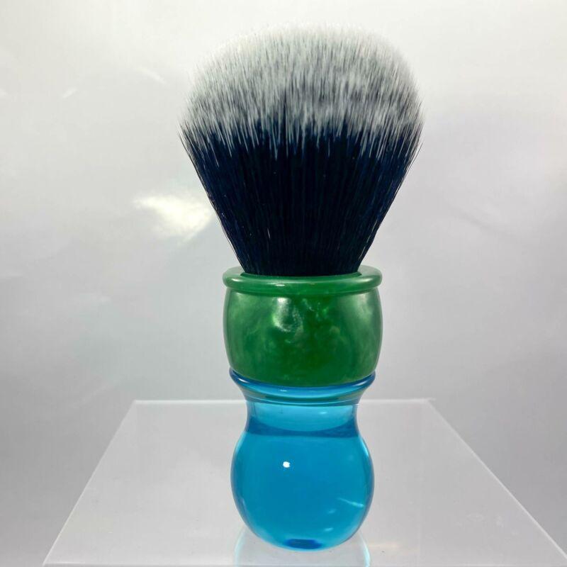 KenSurfs 2019 Synthetic Tuxedo Shaving Brush - by DSCosmetic (Pre-Owned)