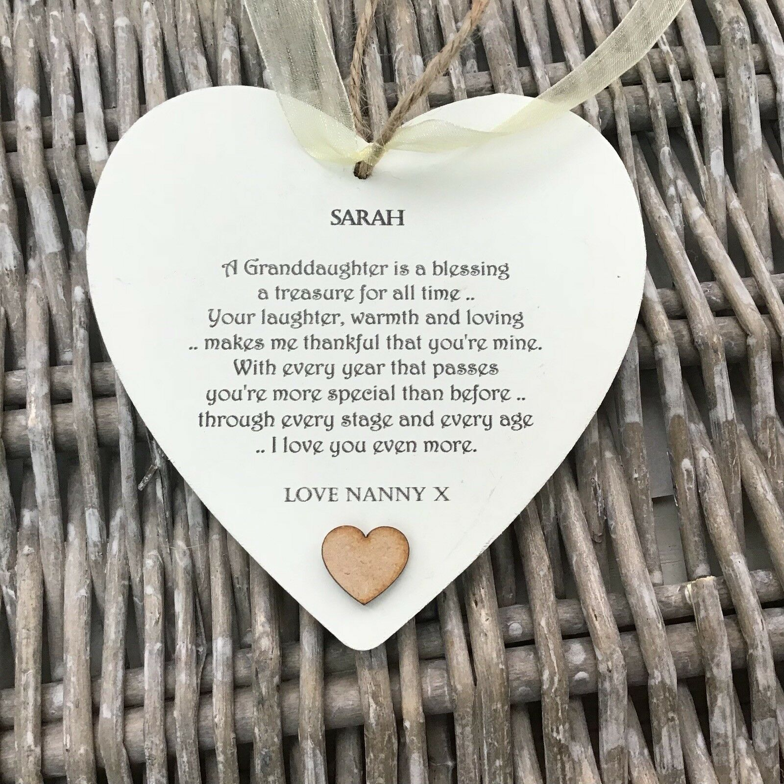 Shabby personalised Gift Chic Heart Plaque Special Granddaughter Gift ANY NAMES!