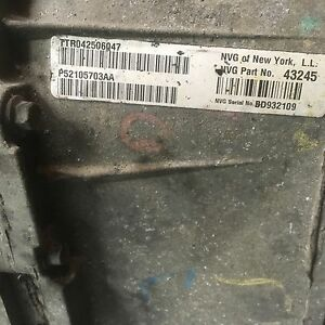 2005 Jeep Grand Cherokee transmission/transfer case.  Oakville / Halton Region Toronto (GTA) image 2