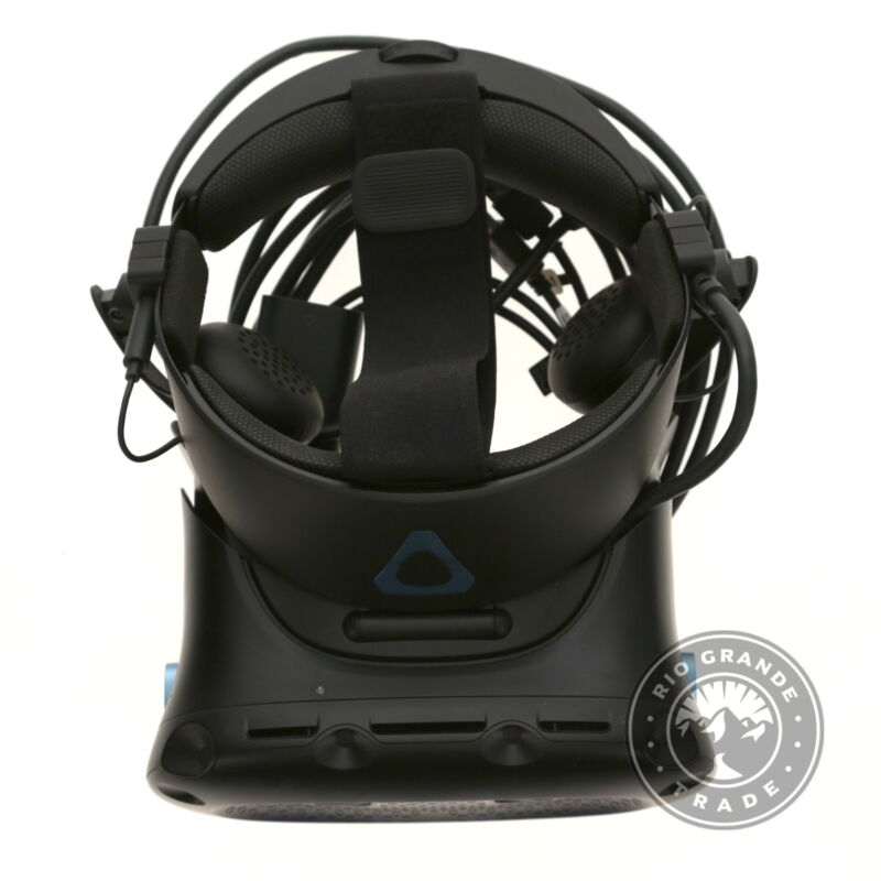 USED HTC Vive Cosmos Elite Virtual Reality System with LCD Display in Black