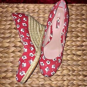 Red cherry blossom Next wedges | EUR39 Belmont Belmont Area Preview