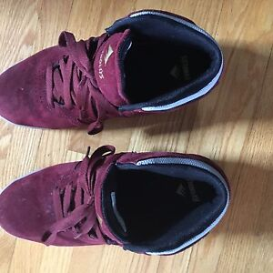 Men's Size 8 Emerica Shoes (Used/Good Condition)