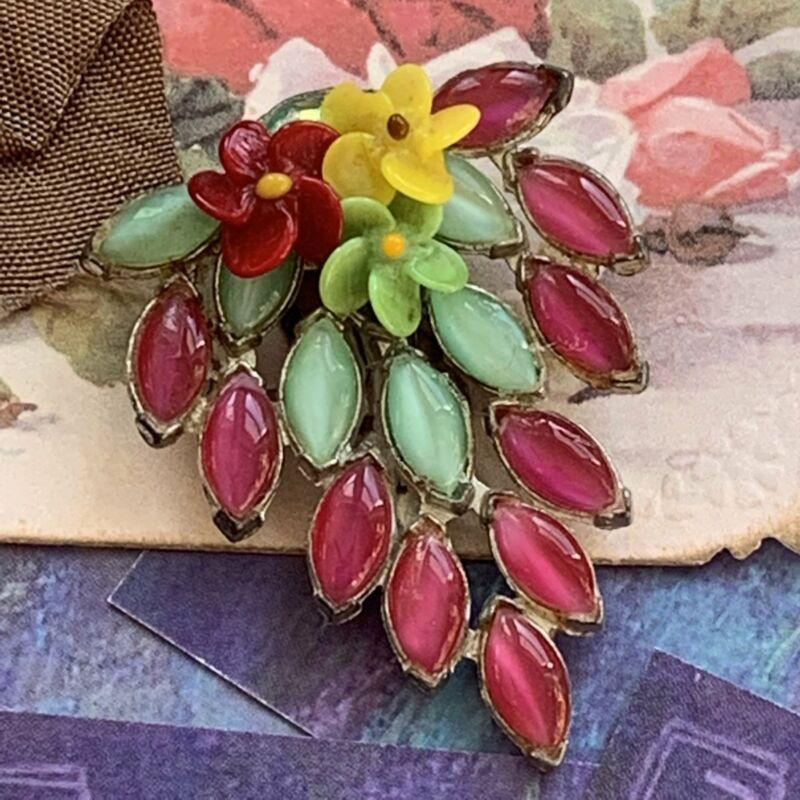 Art Deco Glass Cabochon Dress Clip