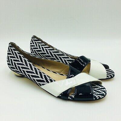 Amalfi by Rangoni Women's Low Heel Open Toe Pump Size 9.5N Black/White ()