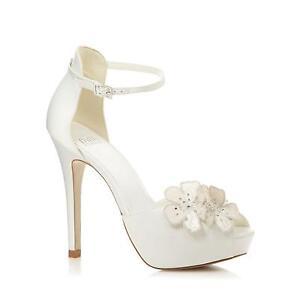 a183b0bbe Faith Size 3 Shoes