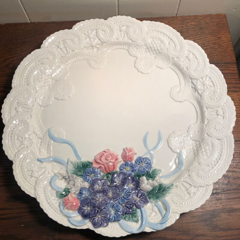 """Fitz & Floyd Lace & Flowers 13"""" Hanging Wall Plate **MINT**"""