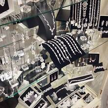 Bridal shop clearance!!! up to 70% offJewellery & Accessories O'Halloran Hill Marion Area Preview