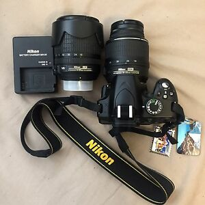 [SOLD] Nikon D3200 with 18-55mm lens & 18-105mm lens