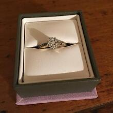 Diamond engagement ring. Eatons Hill Pine Rivers Area Preview