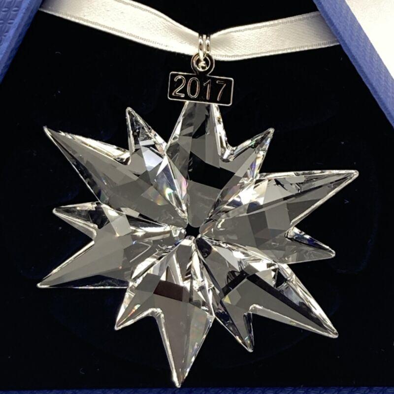 NIB Swarovski Limited Edition Annual 2017 Christmas Ornament Crystal 5257589