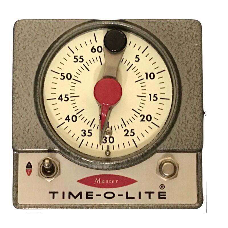 Vintage Master Time-O-Lite M-72 Industrial Darkroom Photography Timer 📸 👀