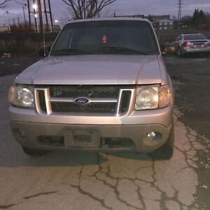 Ford Explorer 4.0LT 4X4 for parts Windsor Region Ontario image 1