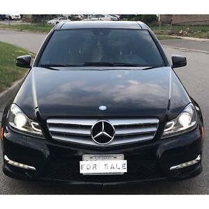 Mercedes Benz C350 4MATIC|PANO|AMG PKG|AWD|KEYLESS GO|
