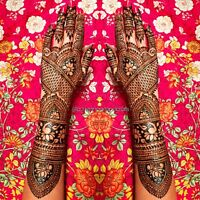 Henna Artist for Your Special Occasions