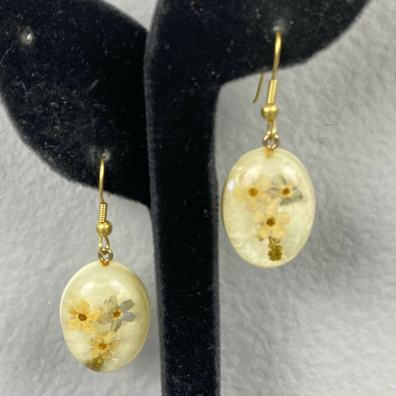 """Vintage Hook Dangle Earrings Resin Covered Flowers 1-5/8"""" Long"""
