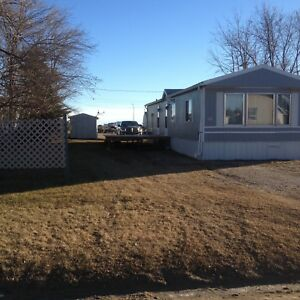 Redvers SK.  1990 Mobile Home For Rent