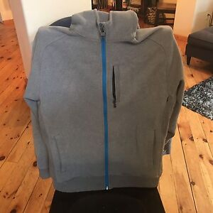 Lululemon grey Xl men's hooded sweatshirt