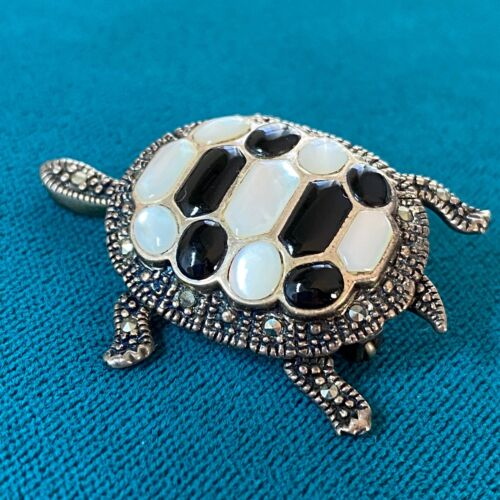 Vintage Sterling Silver Mother Of Pearl Onyx Marcasite Articulated Turtle Brooch
