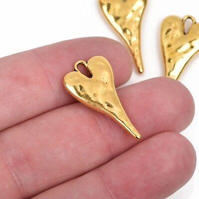 - 5 HEART Charm Pendants, hammered gold metal, stylized heart, 27x14mm chg0603