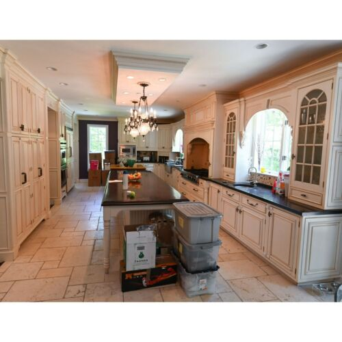 Signature & Tedd Wood Custom Traditional Pre-Owned Kitchen