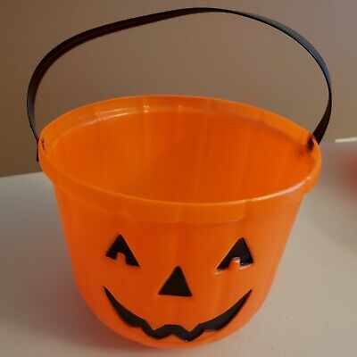 Orange Jack O Lantern Halloween Candy Bucket Pail (Looks Very Nice)!