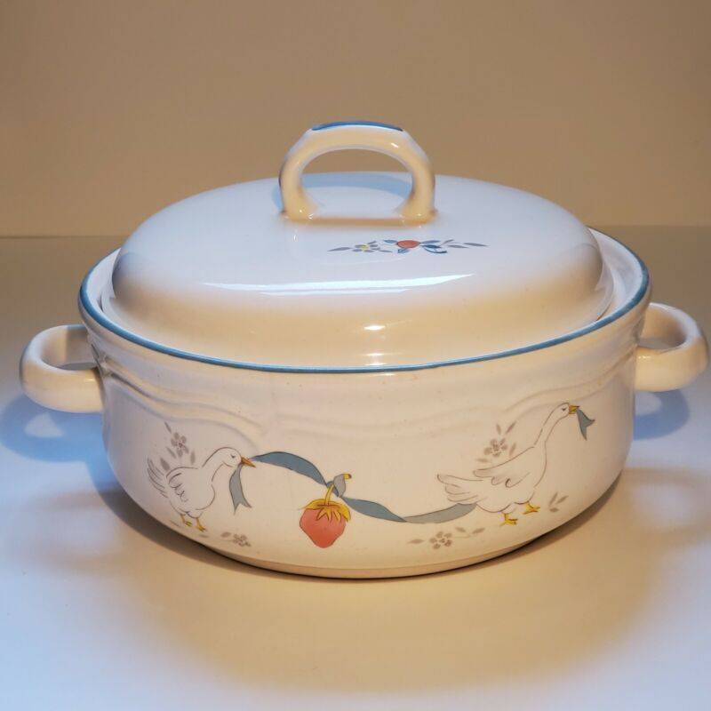 Vintage International China Covered Casserole Geese Goose - Read Descrip.