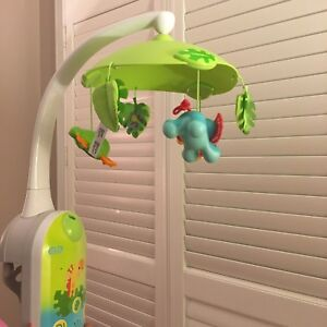Fisher Price 2 in 1 Projection mobile for baby crib