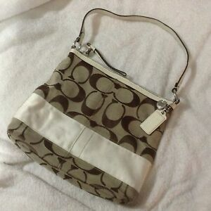 Coach bag, purse ,good conditions great colour for spring