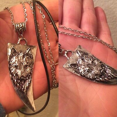 FOR MEN & WOMEN,WOLF,TOOTH SHAPED,PENDANT & NECKLACE + OTHER NECKLACE CHOICES  - Wolf Pendant