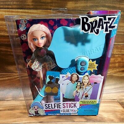 2015 MGA Bratz Selfie Stick + Cloe Doll NEW
