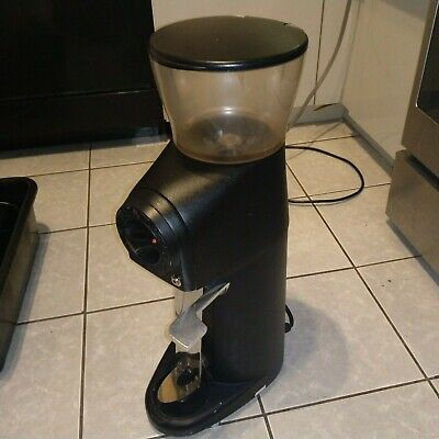 Compak 83b101 R8 Retail Espresso Coffee Bean Grinder Used Guarantee Mk Offer