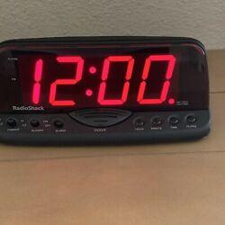 Radio Shack BIG Led Display Loud Alarm Clock 63-960 Vintage Retro Working NICE!!