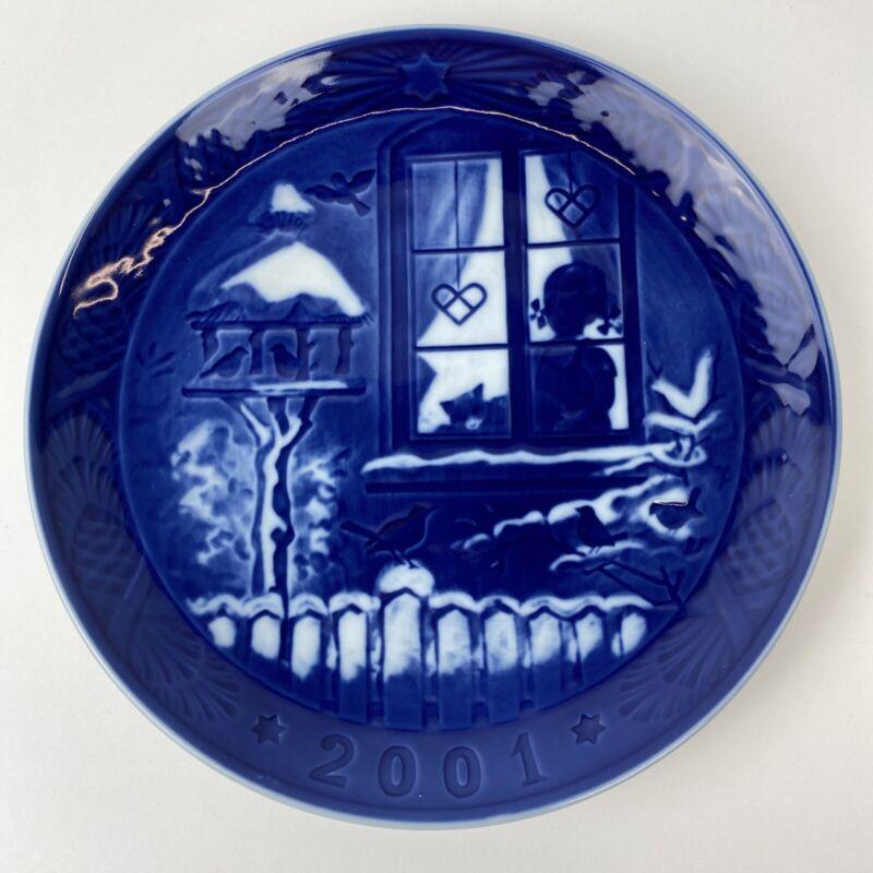 "Royal Copenhagen 2001 Christmas Plate ""Watching The Birds"""