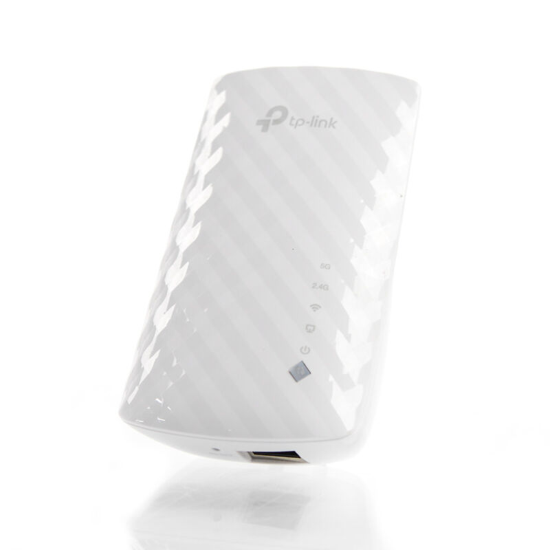 TP-LINK RE200 AC750 IEEE 802.11ac 750Mbps Wireless Range Extender Wall Plug